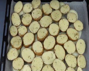 Картошка на луке