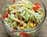 Салат из пекинской капусты готов.
